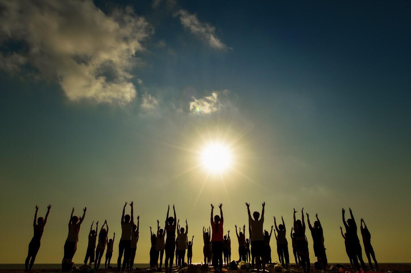 誰でもできる簡単ヨガ『ラジヨガ』で気持ちいい1日をスタートしよう!@八重洲