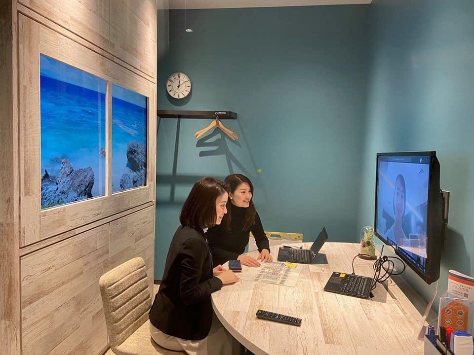 拠点の魅力紹介!日本橋三井タワー編 ⑥凸版印刷さんによる窓風サイネージを設置した会議室