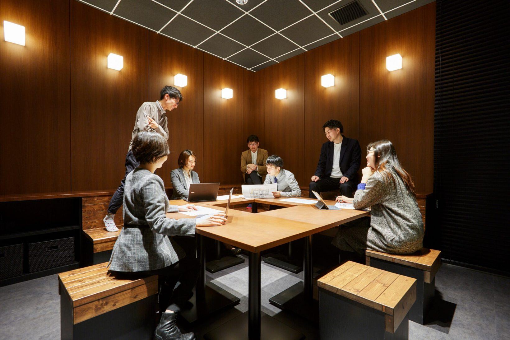 会議室のご紹介:サウナやお風呂で会議!?